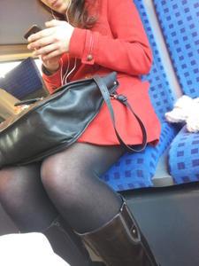 Iranian-woman-candid-spy-67b09d9syx.jpg